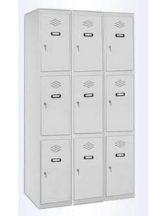 Taquilla de 3 puertas de color gris de ancho 25 cm. 3 módulos. Total 9 taquillas.